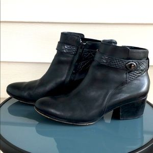 Coach Patricia Leather Ankle Boots Black 8.5 Heel